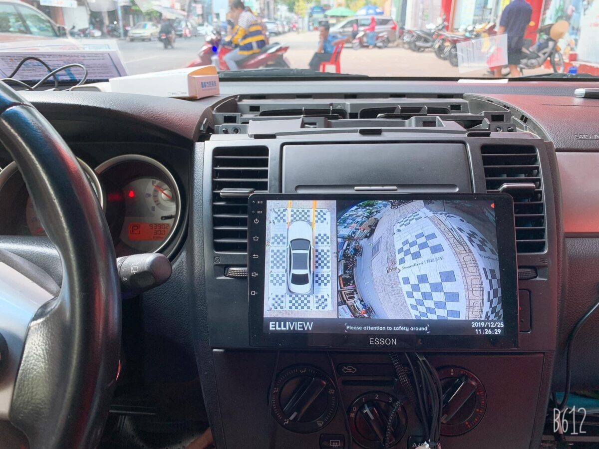 Camera 360 Elliview cho xe Nissan Tiida 2004-2012