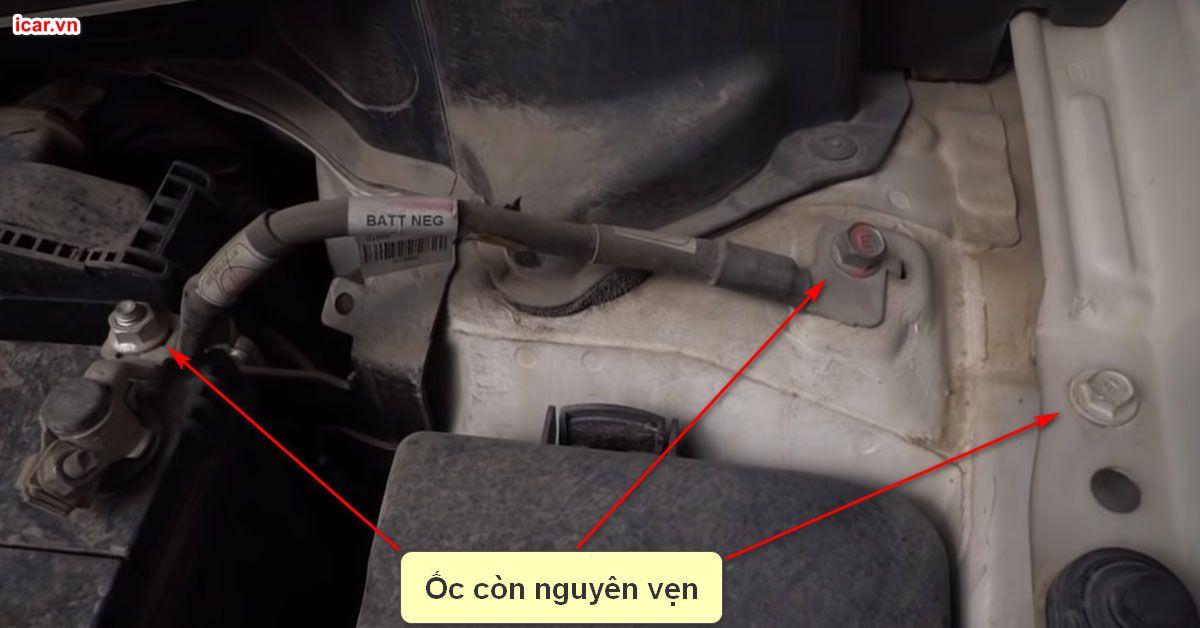 Cách nhận biết ốc vít ô tô còn nguyên vẹn