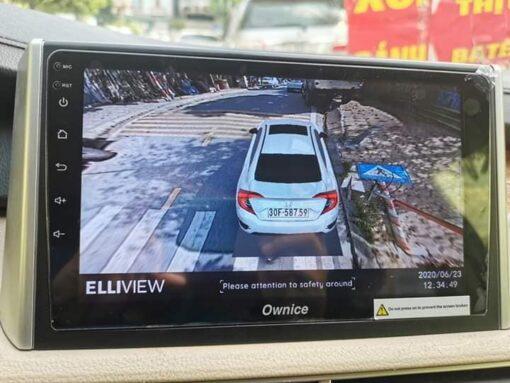 Camera 360 độ hiển thị biển số và mô hình xe ô tô thật của bạn