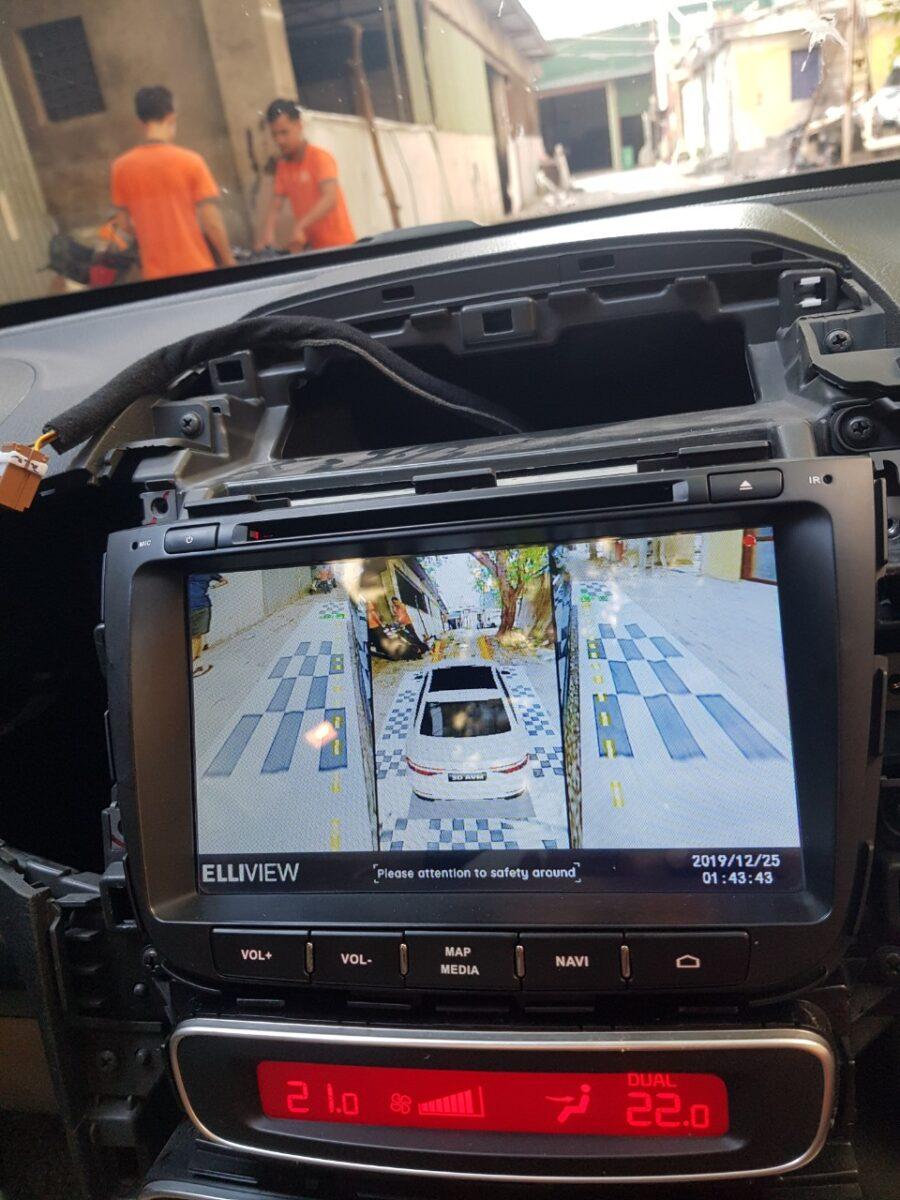 KIA Sorento 2017 được ICAR lắp camera 360 elliview V4 ngay tại nhà