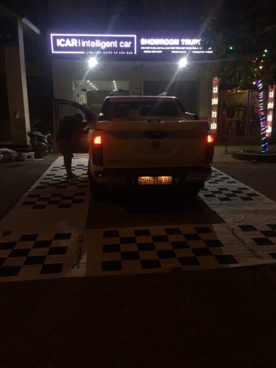 Lắp phụ kiện xe Nissan Navara