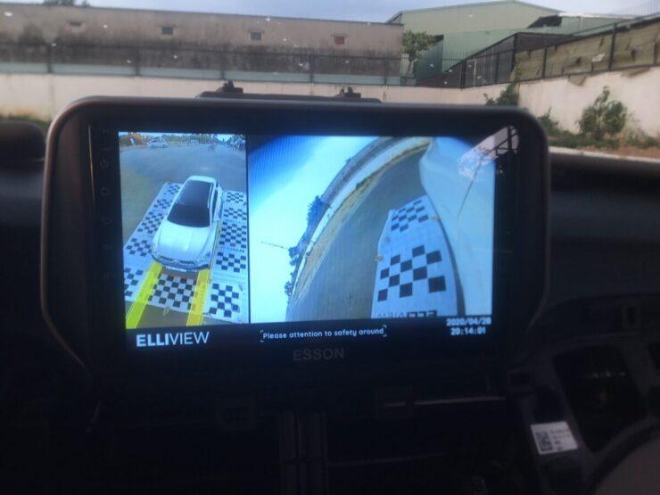 Xi nhan phải hiện Camera 360 xe Hyundai Tucson