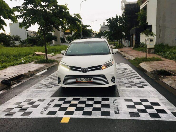 Xe Toyota Sienna nên lắp Camera 360 độ loại nào?