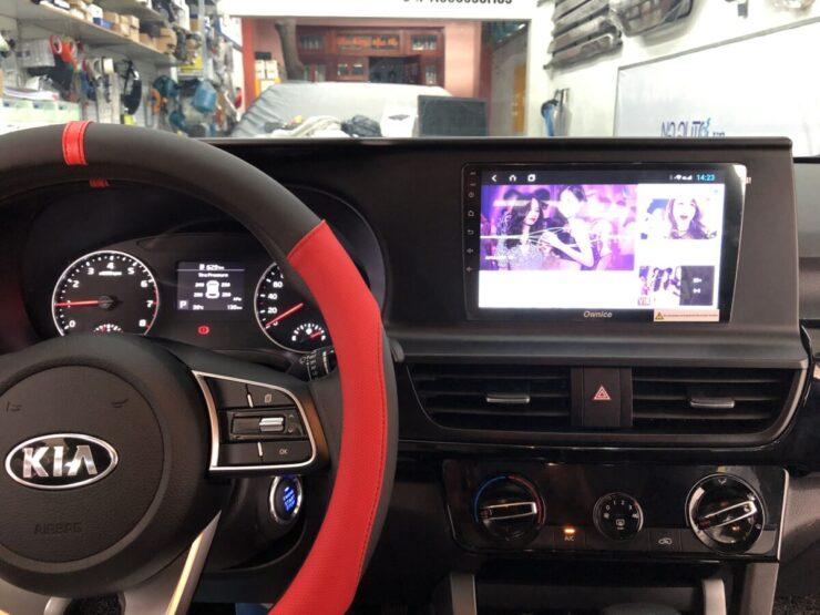 Xe KIA Seltos lắp cảm biến áp suất lốp theo xe i3 và màn android C960