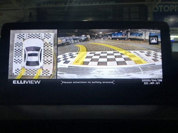 Camera 360 Elliview có hiển thị đánh lái