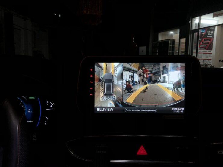 Lắp phụ kiện xe tại Cường Nga oto