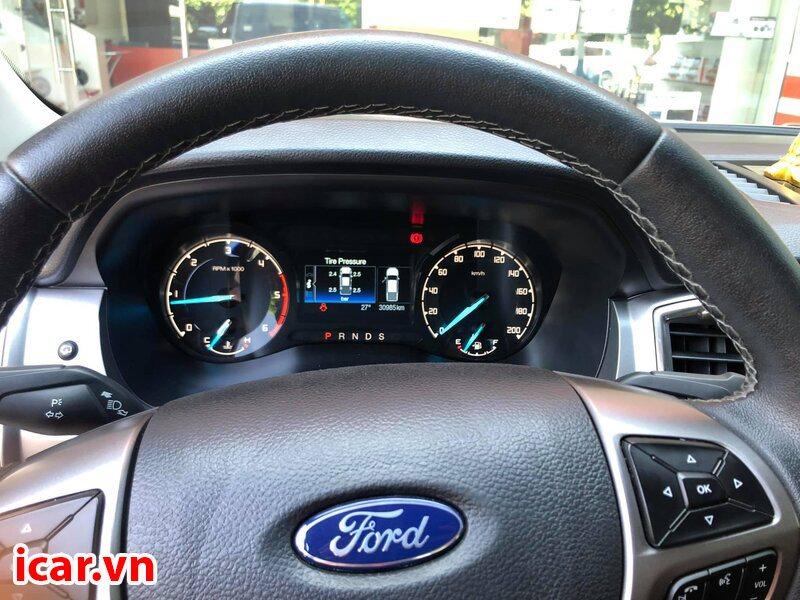 Giao diện của hệ thống cảm biến cảnh báo áp suất lốp theo xe Ford