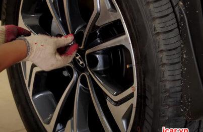 Thiết bị cảm biến áp suất lốp gắn trong từ Icar