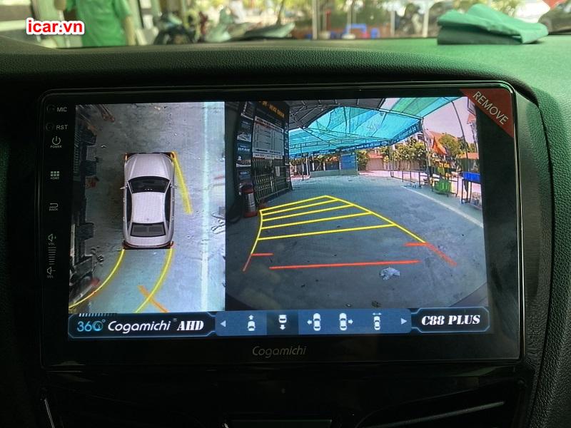 Hình ảnh hiển thị mỗi khi lùi xe