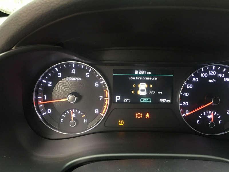 Màn hình hiển thị bộ cảm biến áp suất lốp Zin theo xe i3X