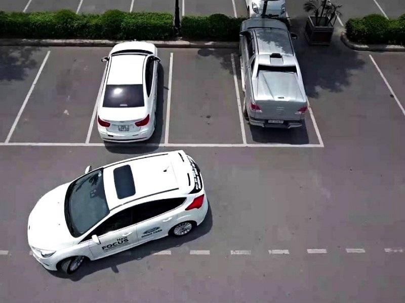 Camera 360 độ ô tô hỗ trợ lùi đỗ xe nhanh chóng
