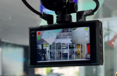Camera hành trình Ellicam A220 tích hợp màn hình