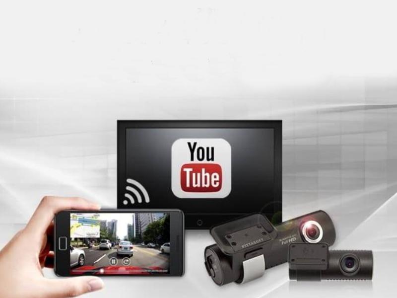 Camera hành trình Blackvue tích hợp wifi kết nối điện thoại