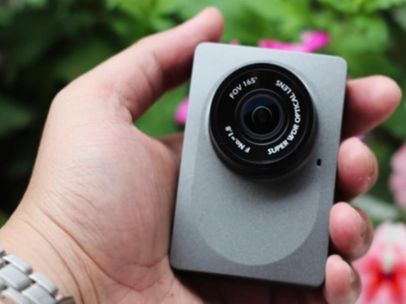 Camera hành trình Xiaomi với thiết kế nhỏ gọn, đẹp mắt