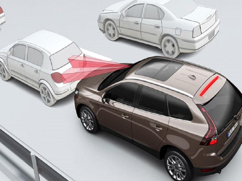 Cảm biến va chạm trước sau cảnh báo chính xác khoảng cách từ vật cản đến xe