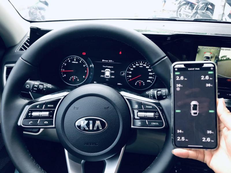 cảm biến áp suất lốp ellisafe kết nối điện thoại sử dụng dễ dàng