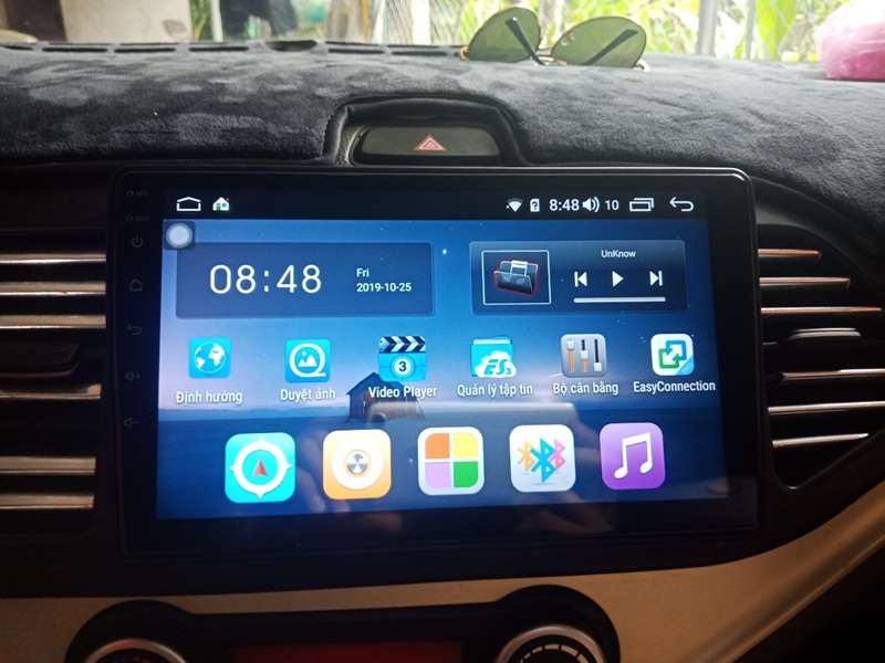 An toàn cùng màn hình DVD Android Carfu