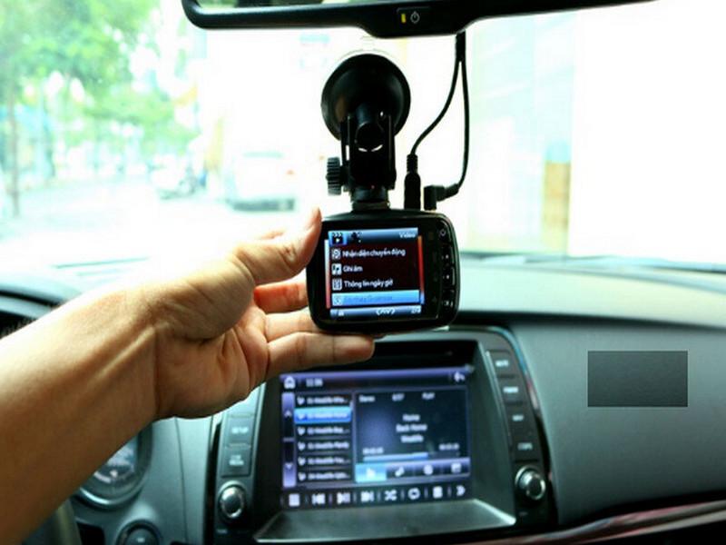 Camera hành trình nhỏ gọn dễ dàng lắp đặt và sử dụng