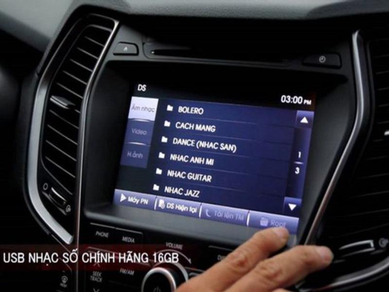 USB nghe nhạc trên ô tô đã được tích hợp sẵn bài hát