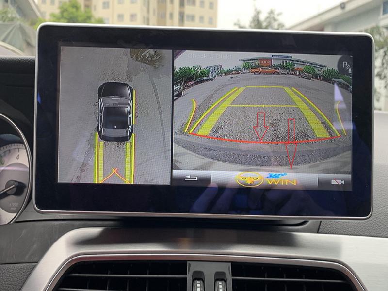 Hình ảnh giả lập 3D (bên trái) cung cấp cho cái nhìn toàn cảnh