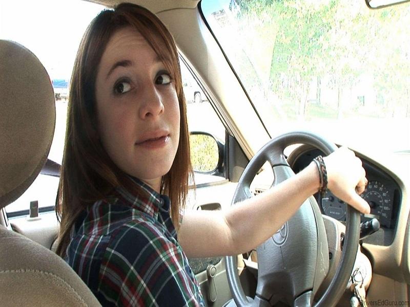 Lùi xe không còn phức tạp khi đã có camera 360 ô tô