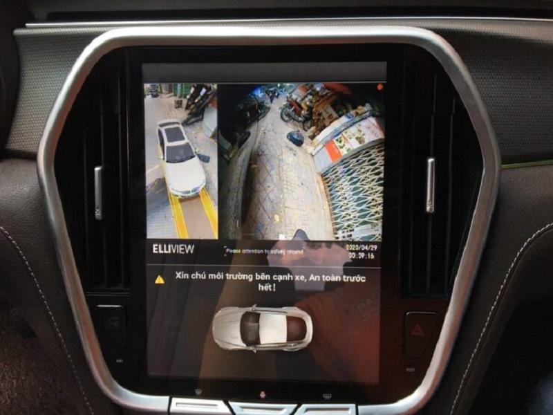Camera 360 ô tô Elliview V4 trên xe Vinfast Lux 2.0