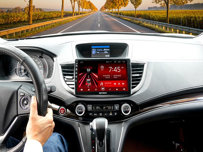 Màn hình Android thông minh hỗ trợ lái xe an toàn không vi phạm luật giao thông