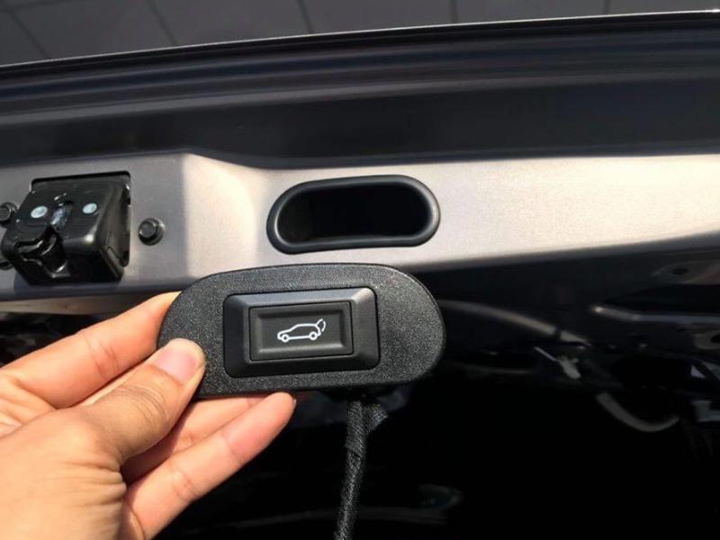Cốp điện cho xe ô tô