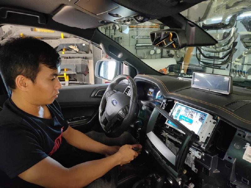 Hỗ trợ lắp camera 360 độ cho ô tô tại các cơ sở uy tín