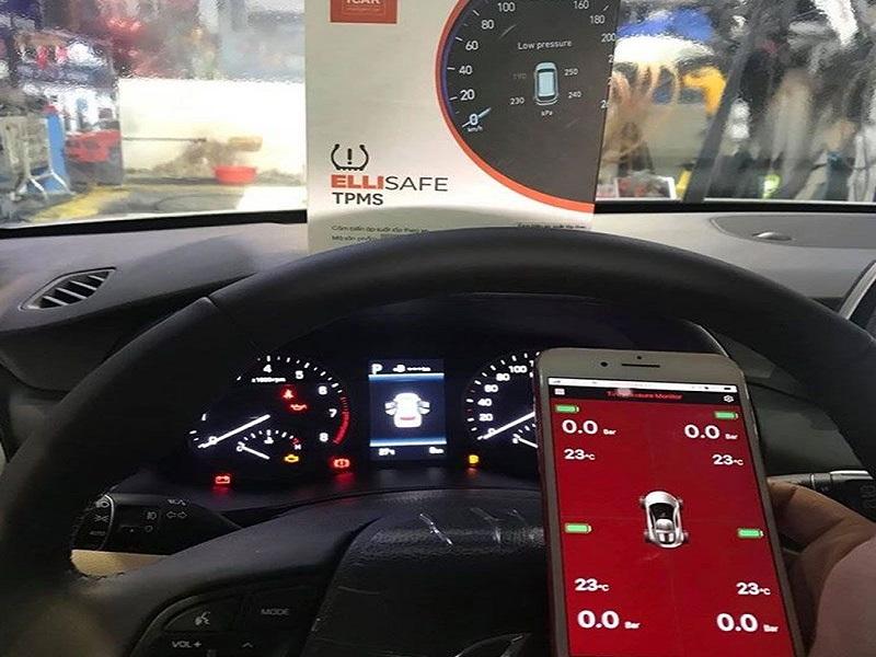 Cảm biến áp suất lốp xe Ellisafe i3 quản lý bằng điện thoại