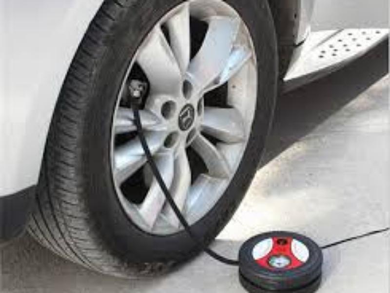 Một số bơm điện không đủ áp suất để cung cấp cho lốp có kích thước lớn