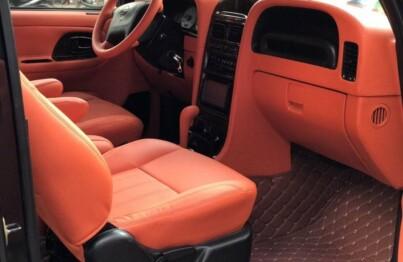 Đổi màu nội thất ô tô đang là một xu hướng được nhiều người theo đuổi