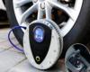 Bơm điện ô tô hỗ trợ tối đa trong trường hợp lốp xe thiếu hơi