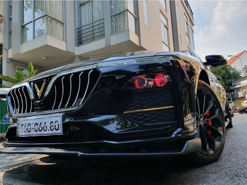 Mặt ca lăng Maserati lắp cho xe Vinfast Lux A2.0