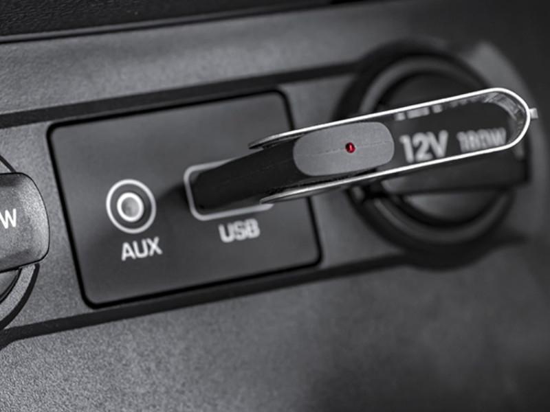 USB ô tô- Thiết bi nhỏ gọn, thông minh