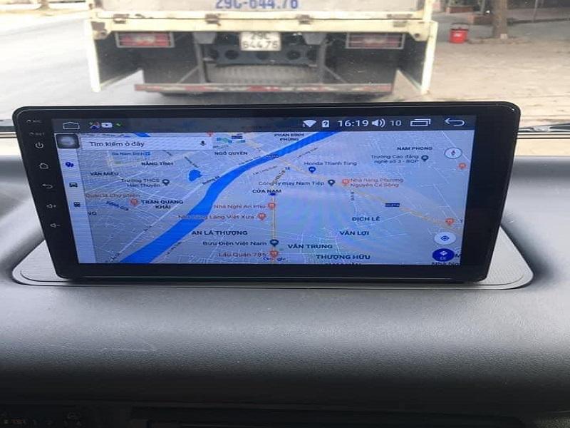 Màn hình xe tải hỗ trợ phần mềm dẫn đường