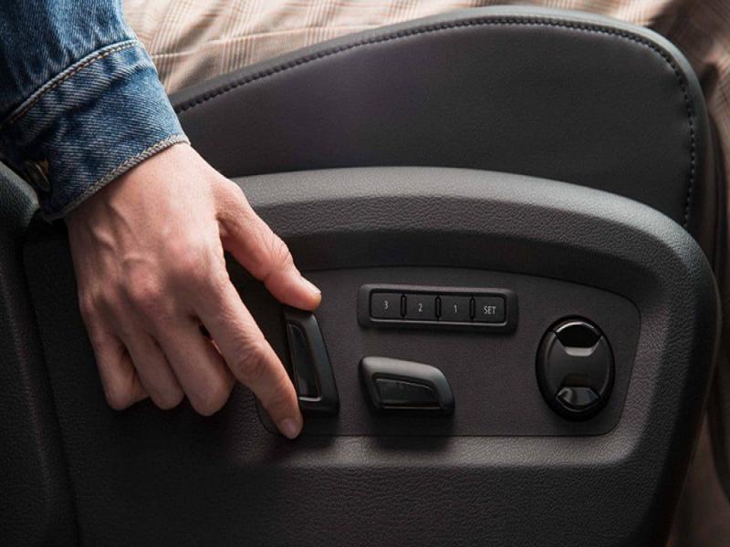 Hệ thống điều khiển của ghế chỉnh điện ô tô