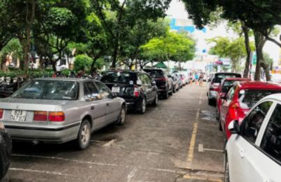 bãi đậu xe bệnh viện bình dân