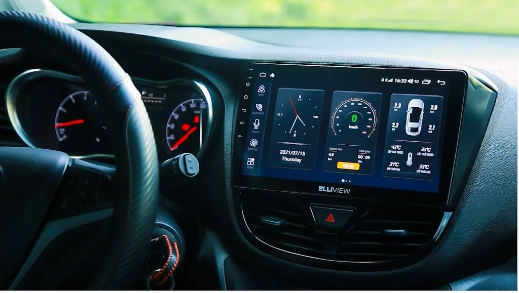 Màn hình Elliview U4 lắp trên Vinfast Fadil. Một trong những chiếc xe hot nhất hiện nay và người dùng luôn có xu hướng lựa chọn thương hiệu Elliview cho xe của mình.